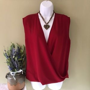 💖Lily White Valentine's Day Sleeveless Wrap Top